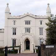 Etloe House, Church Road